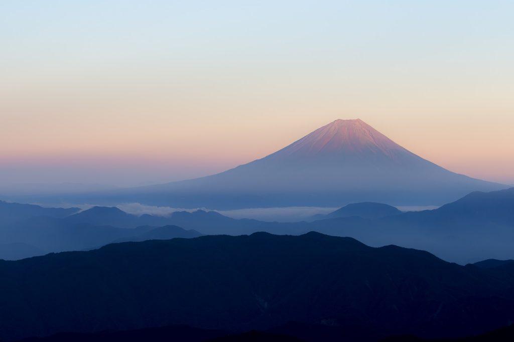 年賀状に使いたい富士山の写真
